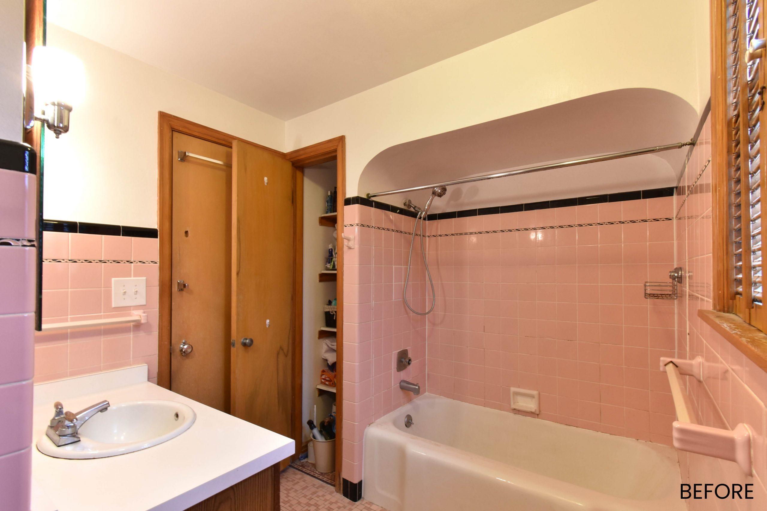 Wauwatosa-pink-bath-remodel-1565