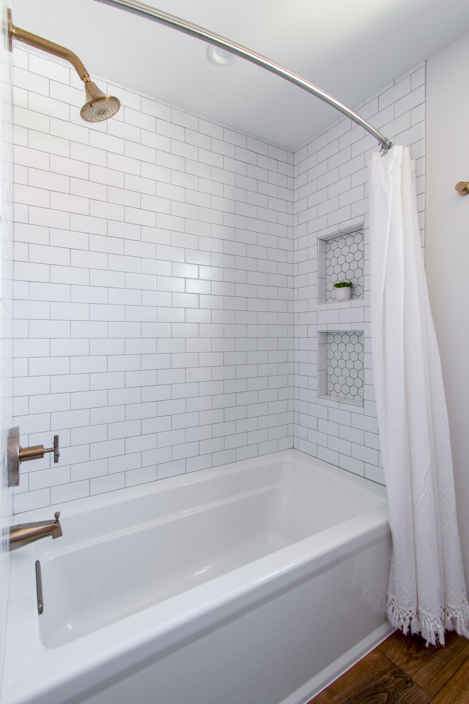 Wauwatosa pink bath remodel