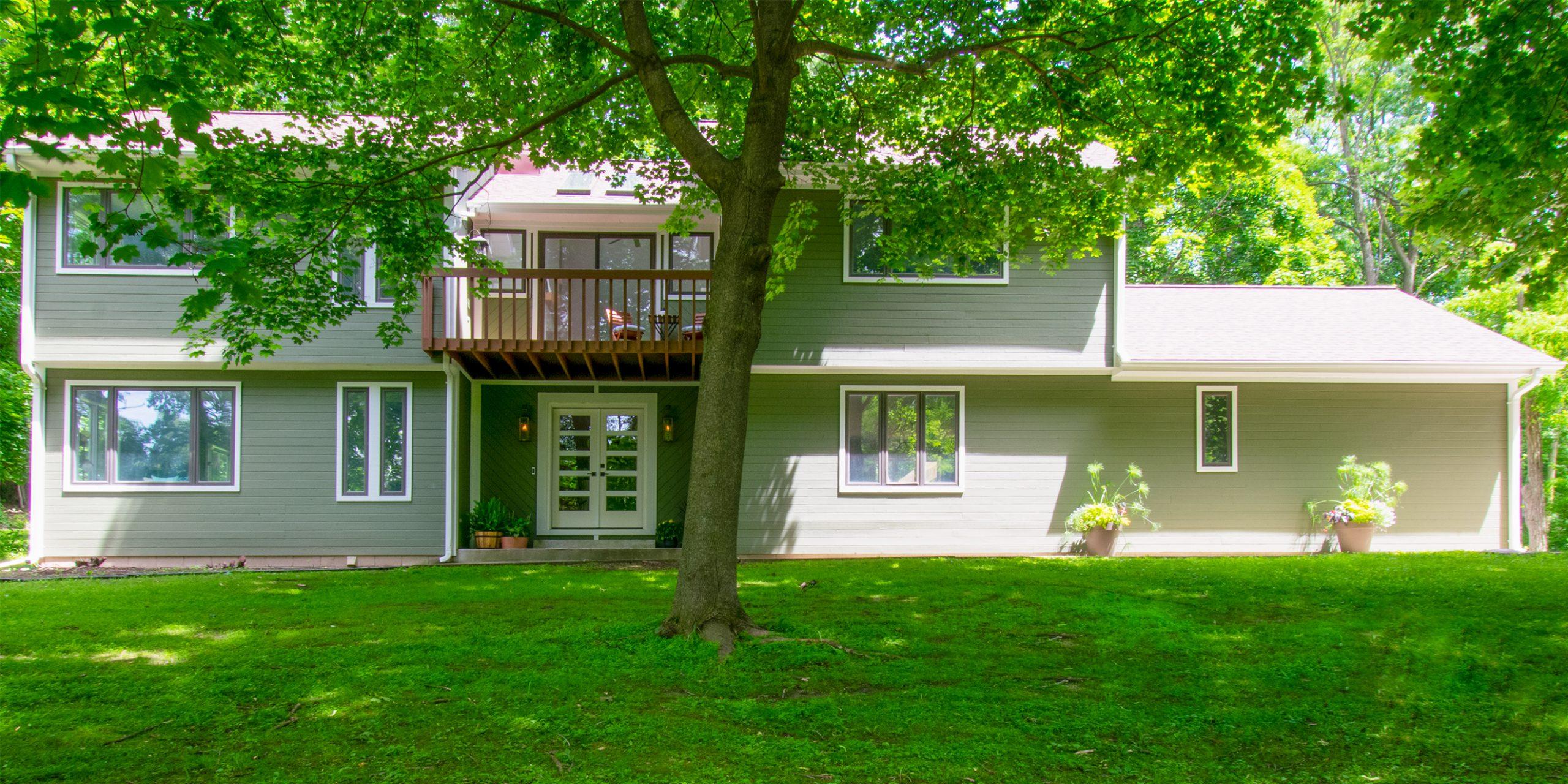 Contemporary Delafield Whole House