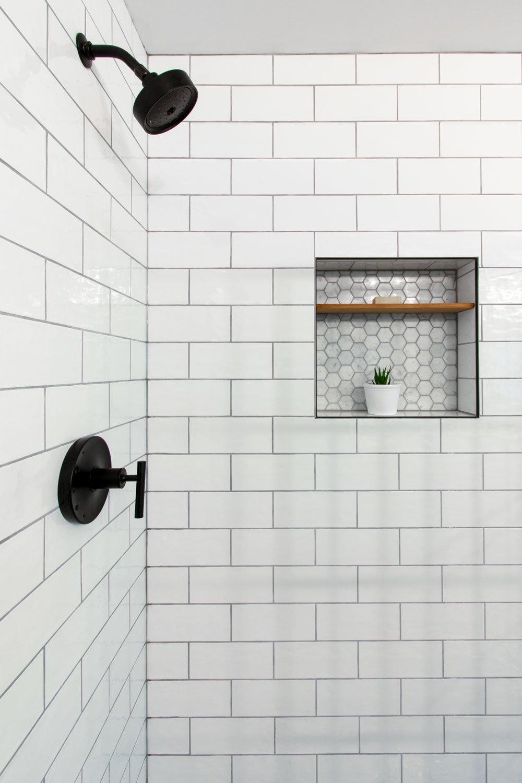 subway-tile-shower