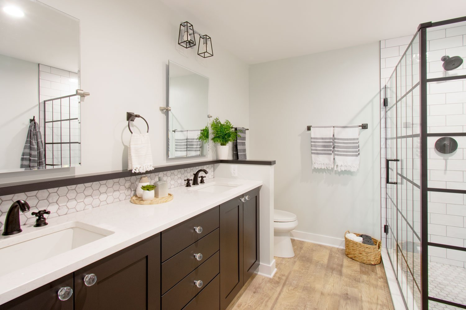 Delafield Black and White Bathroom