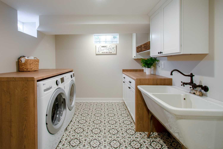 wauwatosa basement laundry