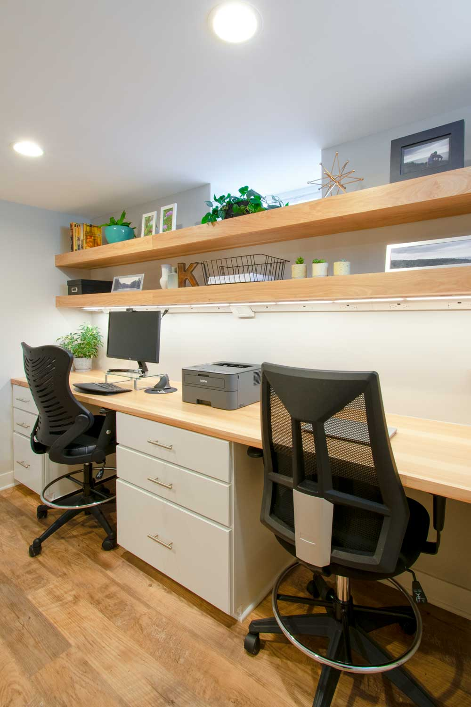 Basement Wauwatosa office desk
