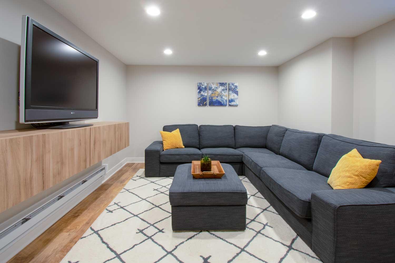 Wuawatosa basement remodel