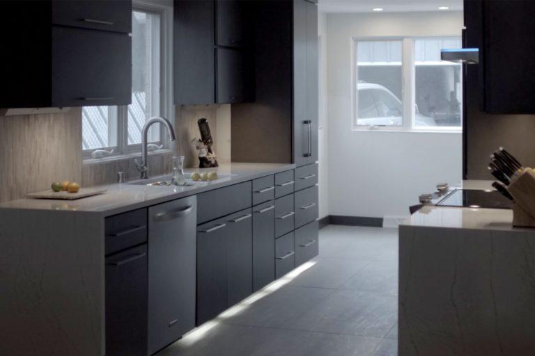 Wauwatosa modern kitchen