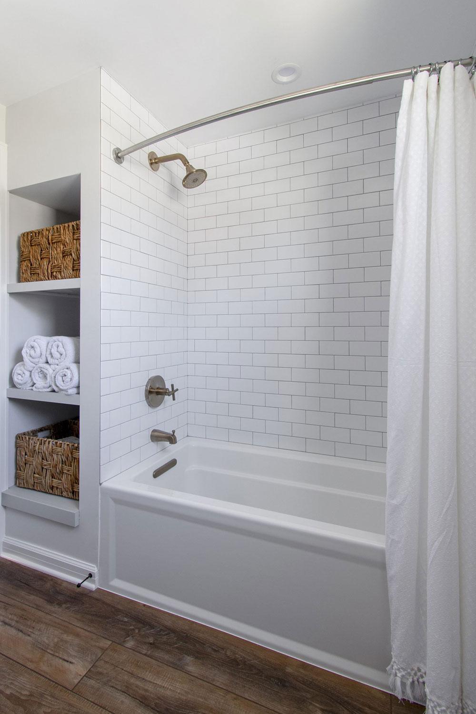 wauwatosa shower