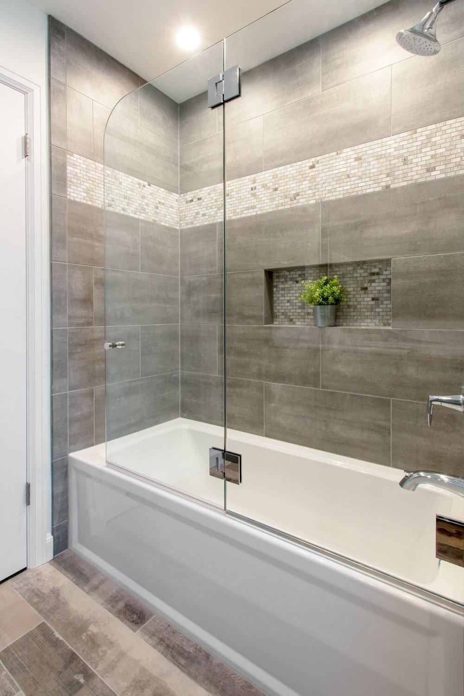 shower remodel wauwatosa